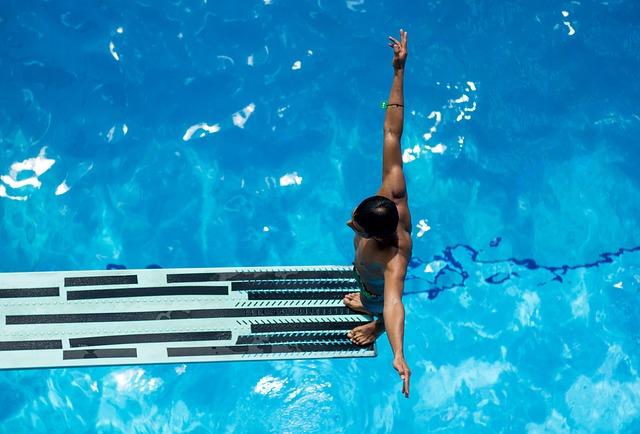 plavec na skokánku